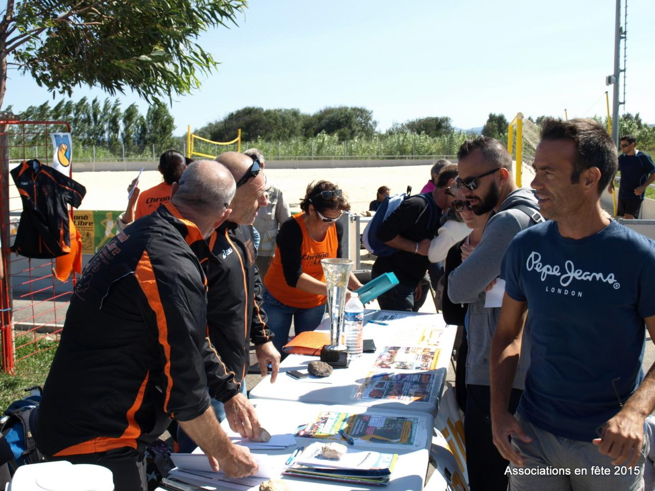 05092015 associations en fete chateauneuf CL (13)