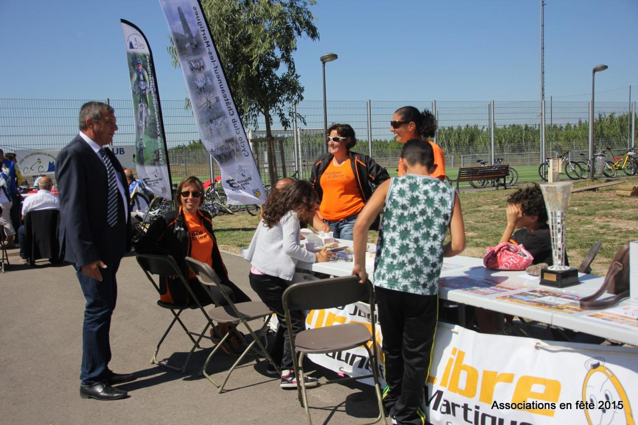 05092015 associations en fete chateauneuf CL (3)