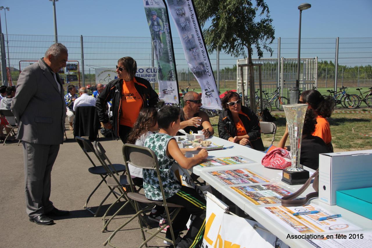 05092015 associations en fete chateauneuf CL (4)